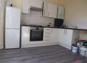 2 bed maisonette to rent in Westbury Avenue, London N22