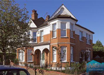 Rosebery Road, Muswell Hill, London N10. 3 bed maisonette