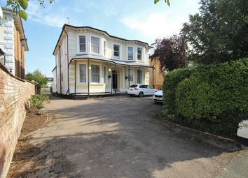 2 bed flat for sale in Kenilworth Road, Leamington Spa CV32