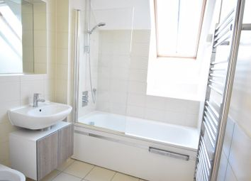 Thumbnail 2 bed flat to rent in Culverley Road, Catford