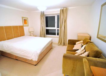 Thumbnail Room to rent in Venus House, 160 Westferry Road, Canary Wharf