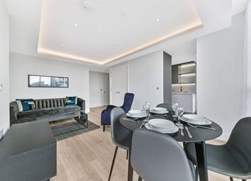 Thumbnail 1 bed flat to rent in Carrara Tower, City Road, Islington, London