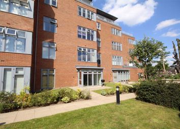 Thumbnail 1 bed flat to rent in Manor House, Avenue Road, Leamington Spa