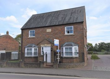 Thumbnail 2 bed flat to rent in Station Road, Toddington, Dunstable