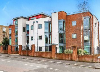 2 bed flat for sale in Eaton Road, Sutton SM2