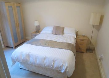 Thumbnail 2 bed flat to rent in 18E (2/1), Robert Street, Port Glasgow