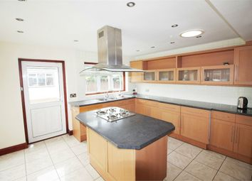 5 bed detached house to rent in Beverley Drive, Edgware HA8