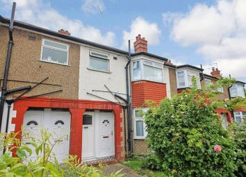 Thumbnail 1 bedroom flat for sale in Reading Road, Northolt