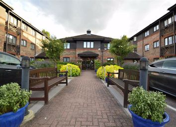1 bed flat for sale in Winningales Court, Clayhall, Essex IG5