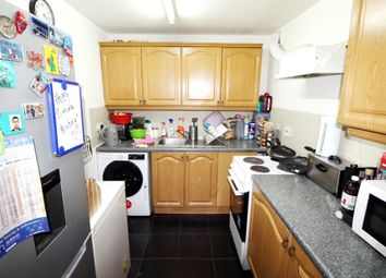 Thumbnail 2 bed flat for sale in Fiveacre, Thornton Heath