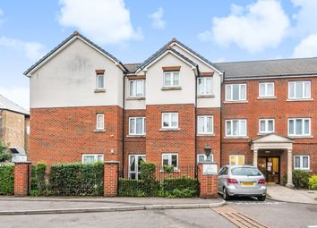 2 bed flat for sale in Culverley Road, London SE6