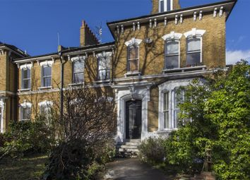 Thumbnail 2 bed flat to rent in Cazenove Road, Stoke Newington