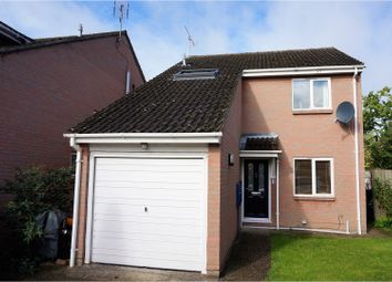 Thumbnail 3 bed detached house for sale in Starling Close, Wokingham