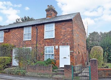 Thumbnail 2 bed cottage to rent in Lower Road, Cookham, Maidenhead