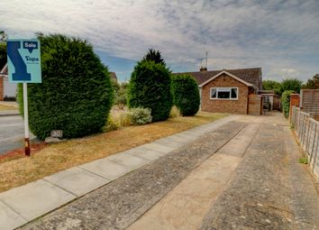 Thumbnail 3 bed bungalow for sale in Drysdale Close, Wickhamford, Evesham