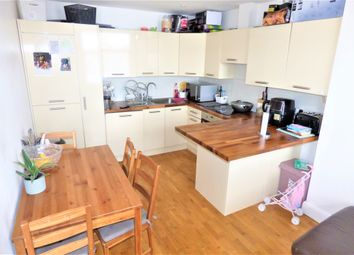 3 bed maisonette for sale in Green Lane, Ilford IG3