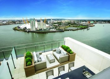 Thumbnail 2 bed property for sale in Horizons Tower, London