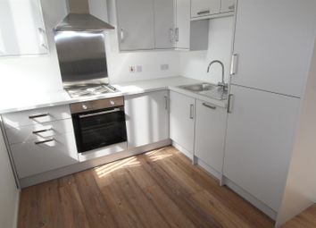 Thumbnail 2 bed flat to rent in Leeds Road, Shipley