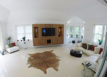 Thumbnail 5 bed detached house to rent in Mountview Road, Claygate, Esher