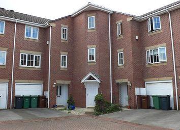 Thumbnail 1 bed flat to rent in Kensington Way, Stourton Grange, Leeds, West Yorkshire