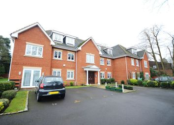 Thumbnail 2 bed flat to rent in Middle Gordon Road, Camberley