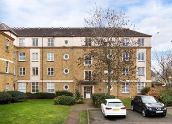 Thumbnail 1 bedroom flat for sale in Chiltern Court, Avonley Road, London