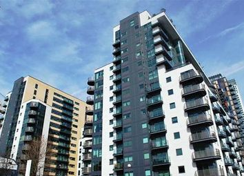 Thumbnail 3 bedroom flat to rent in Millharbour, Docklands