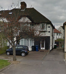 Thumbnail Room to rent in Watford Way, Mill Hill