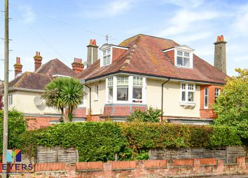 6 Beechey Road, Charminster BH8. 2 bed flat for sale