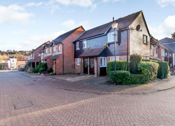 Thumbnail 2 bed flat for sale in Thornhill Close, Amersham