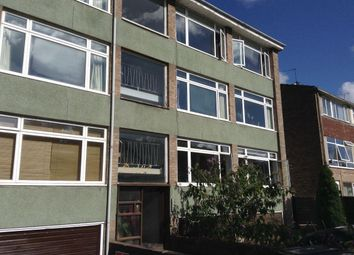 2 bed flat to rent in Russell Terrace, Leamington Spa CV31