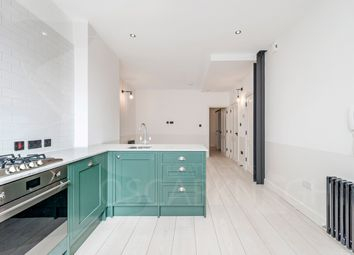 Thumbnail 1 bed flat to rent in Fonthill Mews, London