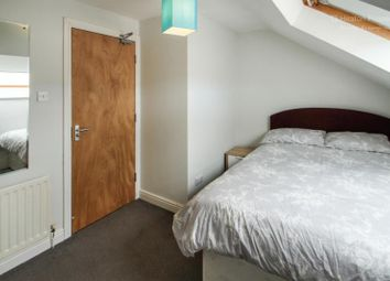 Thumbnail Room to rent in Sixth Avenue, Heaton, Newcastle