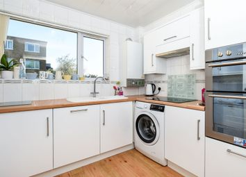 Thumbnail 2 bedroom flat for sale in Beach Road, Penarth