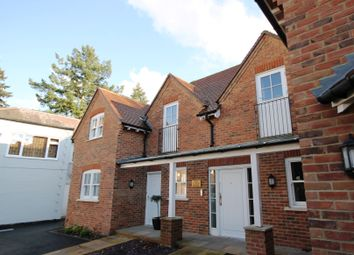 Thumbnail 1 bed flat to rent in Post House Lane, Bookham, Leatherhead