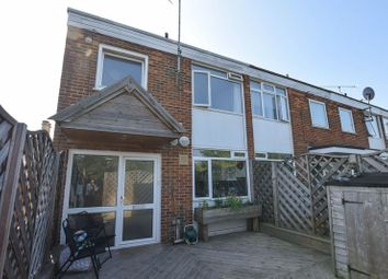 Thumbnail 3 bed maisonette for sale in Fleet Road, Fleet