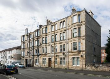 Thumbnail 2 bedroom flat for sale in Flat 3/1, 4, Howard Street, Paisley