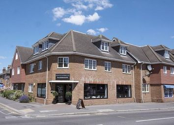 Russell Road, Walton On Thames, Surrey KT12. 1 bed flat for sale