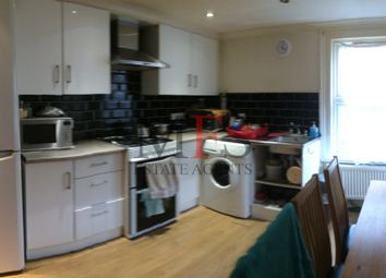 2 bed semi-detached house to rent in Woodbine Villas, Norwood Green UB2