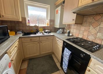 Thumbnail 3 bed flat to rent in Grosvenor Avenue, Hayes