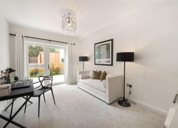 Thumbnail 3 bed flat for sale in Vicarage Crescent, Battersea, London