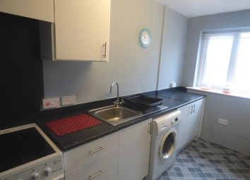 Thumbnail 2 bed flat to rent in Woodhouse Lane East, Timp, 6As.