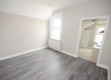 Thumbnail 1 bedroom flat to rent in Beckenham Lane, Bromley