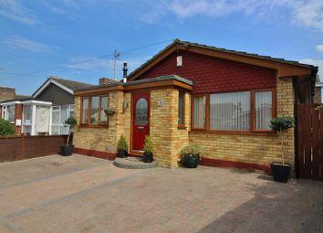 Thumbnail 2 bedroom detached bungalow to rent in Helden Avenue, Canvey Island