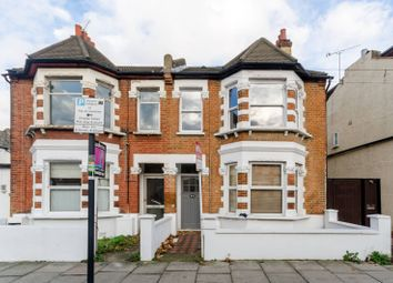 Thumbnail 1 bed flat to rent in Vanderbilt Road, Earlsfield