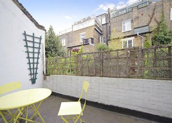 Thumbnail 1 bed flat to rent in Crookham Road, Parsons Green, London