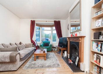 Thumbnail 1 bed flat to rent in Hartfield Crescent, Wimbledon