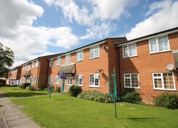 Thumbnail 1 bedroom flat for sale in Hazelhurst Crescent, Horsham