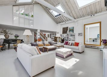 2 bed property for sale in Greenside Road, London W12