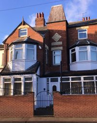 Thumbnail Hotel/guest house for sale in 21 Bondgate, Pontefract